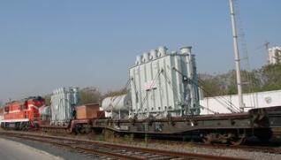 铁路变压器和一般的电力变压器的区别大吗